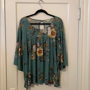AVENUE Loralette Floral Bell Sleeves Top NEW 3X